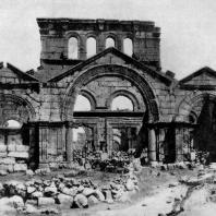 Церковь Симеона Столпника (Калат-Семан) близ Антиохии. 5 век. Общий вид