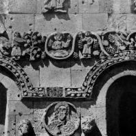 Храм на острове Ахтамар. 915-921 гг. Фрагмент декора