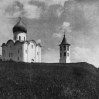 Церковь Спаса Нередицы близ Новгорода. Заложена в 1198 г. Общий вид с северо-запада