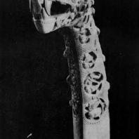 Украшение корабля в виде головы зверя. Из Осеберга, 9 век