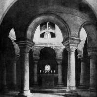 Капелла св. Михаила в Фульде. Внутренний вид. 820-882 гг. Перестроена в 11-12 вв.