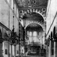 Церковь св. Михаила в Гильдесгейме.1010-1033 гг. Внутренний вид