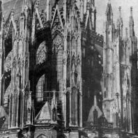 Собор св. Петра в Кельне. Заложен в 1248 г., хор завершен в 1332 г. Дальнейшее строительство велось в 14-15 вв.; закончено в 1841-1880 гг. Восточный фасад. Фрагмент