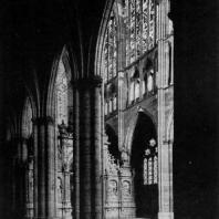 Собор в Леоне. Начало 13 века - 1303 г. Внутренний вид