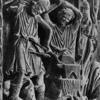 Кузнецы. Фрагмент рельефа с изображением искусств и ремесел. Собор св. Марка в Венеции, портал. 13 век