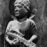 Бенедетто Антелами. Статуя музыканта с баптистерия в Парме (Портал Давида). Фрагмент. 2-я половина 12 века