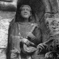 Статуя короля. Середина 13 в. Собор в Яке