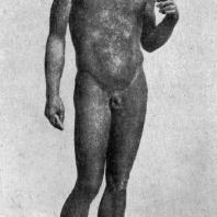 Аполлон из Помпей. Вторая четверть 5 в. до н. э. Бронзовая римская копия. Неаполь. Национальный музей