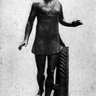 Статуя победительницы в беге. Вторая четверть 5 в. до н. э. Мраморная римская копия с утраченного бронзового оригинала. Рим. Ватикан
