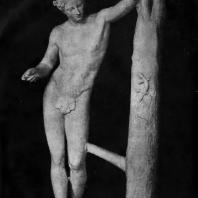Пракситель. Аполлон Сауроктон. Третья четверть 4 в. до н. э. Мраморная римская копия с утраченного оригинала. Рим. Ватикан