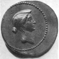 Римская золотая монета с портретом Октавии. Третья четверть 1 в. до н. э. Берлин