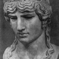 Голова колоссальной статуи Антиноя в виде Диониса. Мрамор. Первая половина 2 в. Рим. Ватикан