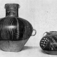 Керамические сосуды. Культура Яншао. 3 тыс. до н. э. Пекин. Музей Гугун